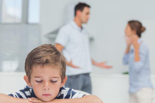 non litigare davanti ai bambini